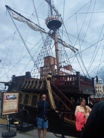 Besichtigungsschiff im Danziger Hafen