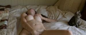 Onverschillige poesjes in amateur porno