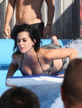 katy_perry_loses_her_bikini_naked_ass_raging_waters_august_12_2012_5-450x591