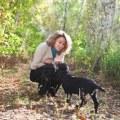 Hond, leverworst, paraplu: een erotisch verhaal