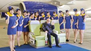 Stewardessen Skymark Airlines vinden rokjes te kort