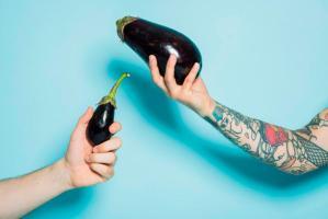Waarom zou je een penis sleeve gebruiken (en andere vragen over penis vergroters en holle dildo's)