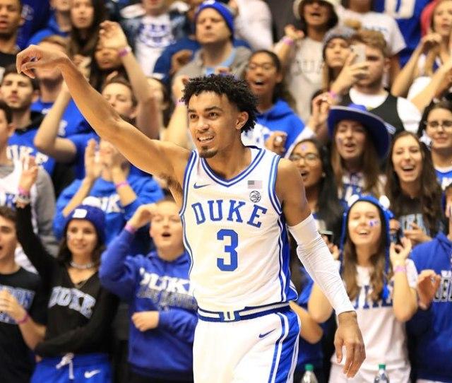 No  Duke Escapes Rival North Carolina At Buzzer In Wild Ot Win