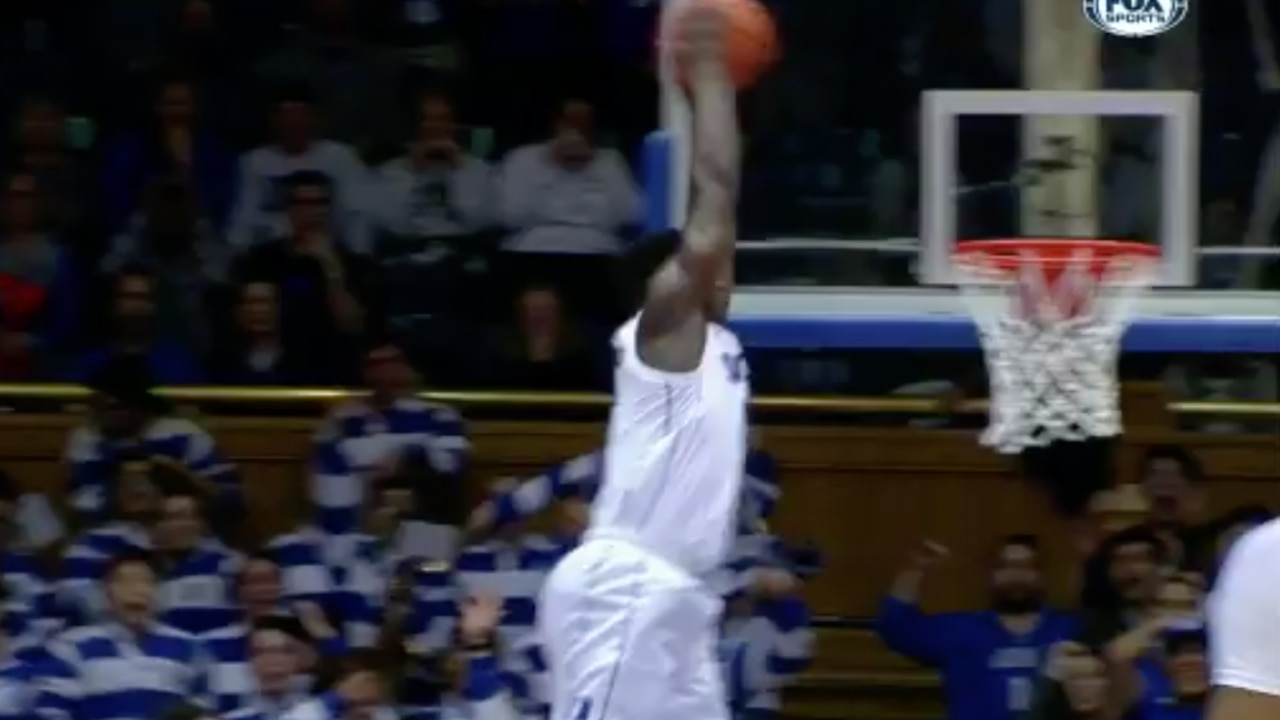 Watch Zion Williamsons Unreal Dunk Of The Year Candidate
