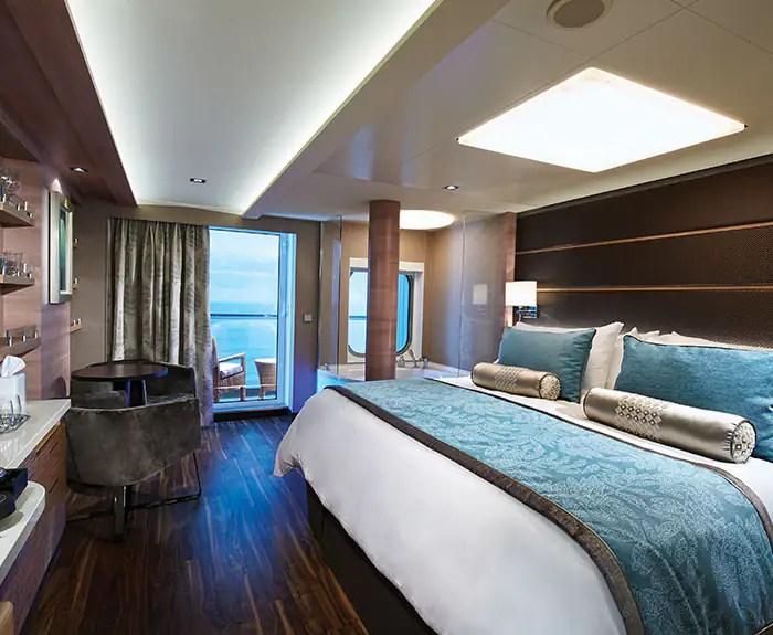 ノルウェージャンクルーズライン ザ・ヘブン スパスイート 寝室 The Haven's Spa Suite with Balcony on Norwegian Escape