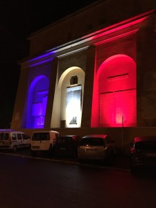Uplighting in France's national colors
