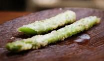 Tempura asparagus