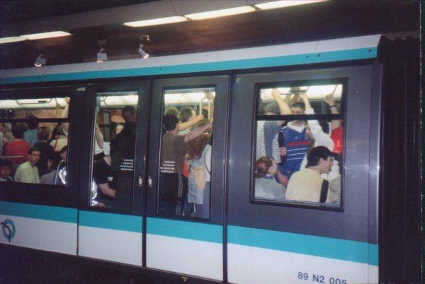 FRANCE 2000 PHOTOS