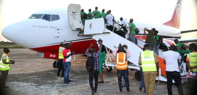 Super Eagles Players Depart For South Africa Ahead Of Crunch AFCON Match (Photos)