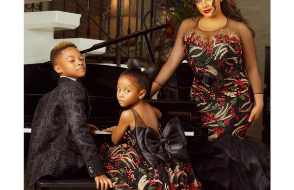 Lovely: Peter Okoye's Wife, Lola Omotayo In Perfect Family Portraits With Her Kids