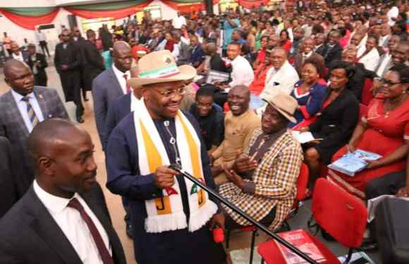 Pictures Of Governor Udom Emmanuel Having A Town Hall Meeting With Teachers