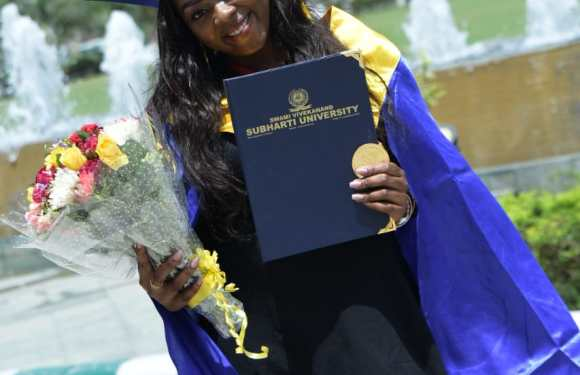 Nigerian Girl Breaks Record In Indian University; Bags First Class, Gets A Gold Medal, Scholarship (Photo)