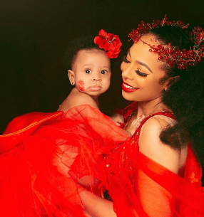 BBNaija Star, Tboss Weeps, Curses Troll Who Said Her Daughter Is Ugly (video)