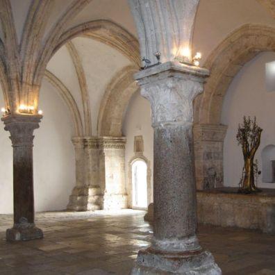 Salle haute du Cénacle