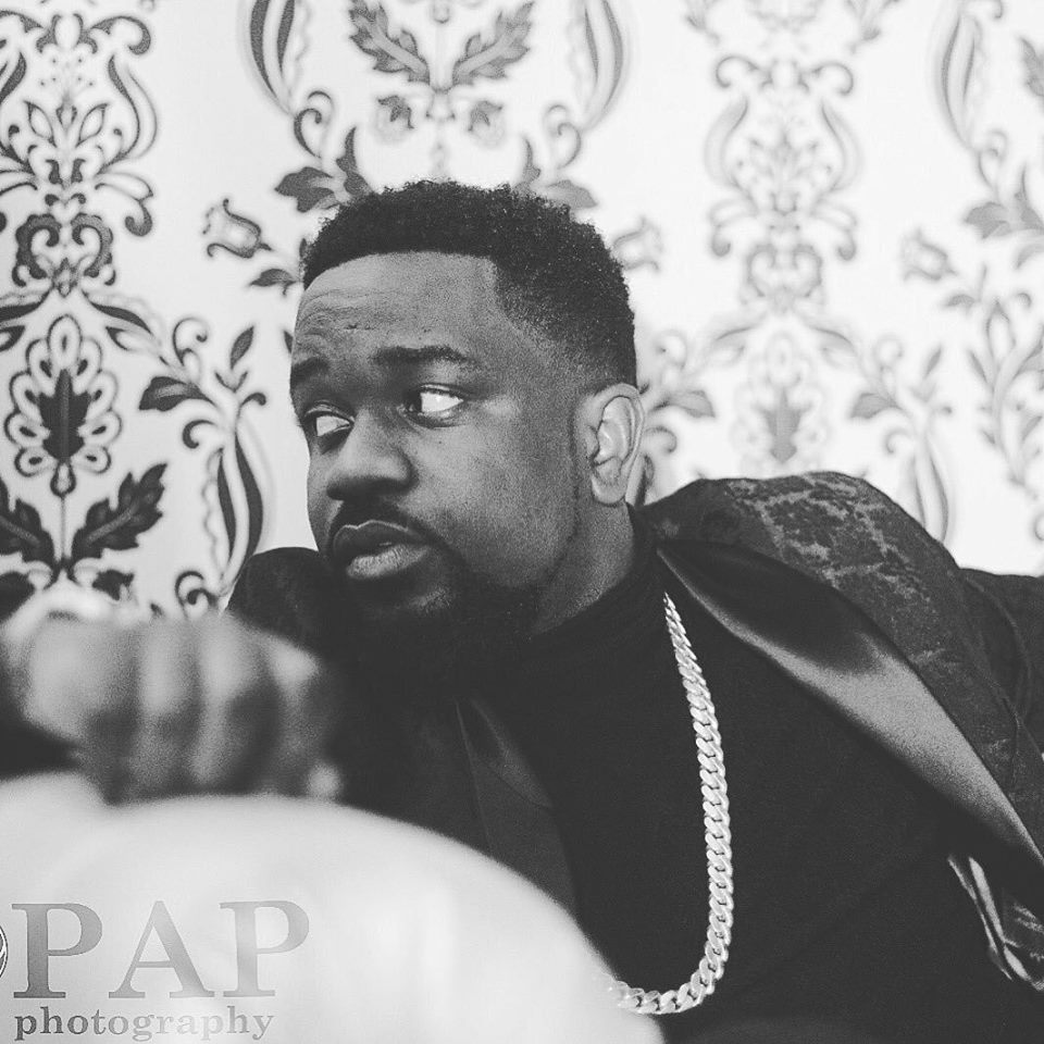 Sarkodie ft. Benji - Wake Up Call (Road Safety)