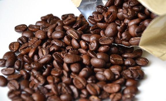 Nabob Guatemala and Costa Rica coffee beans