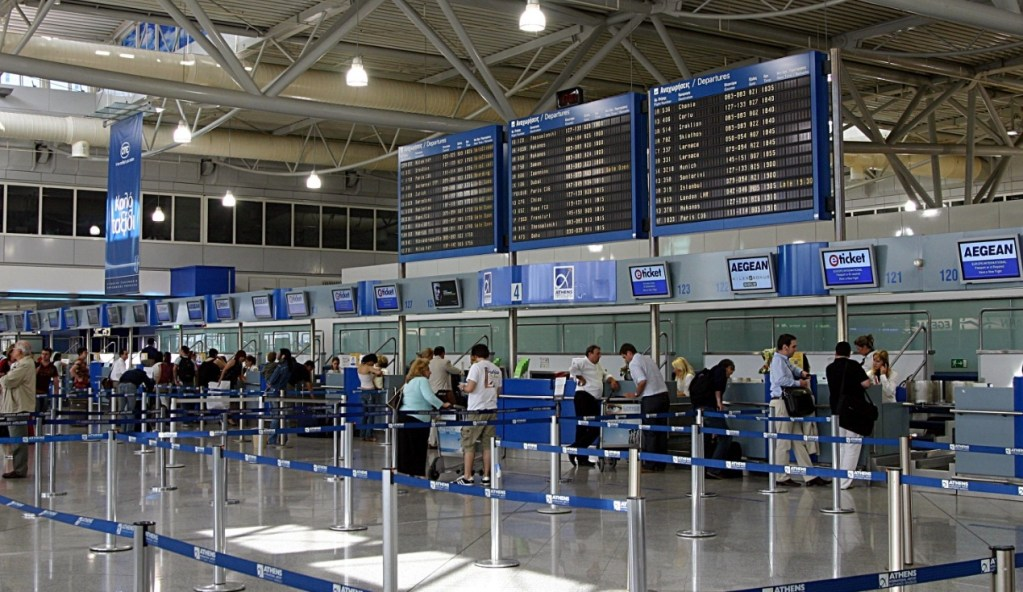 Αύξηση 8,4% στη διακίνηση επιβατών στα ελληνικά αεροδρόμια το α' τετράμηνο