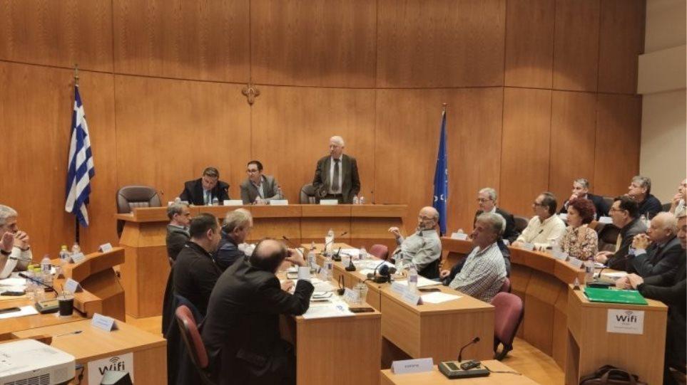 """Καθολικό """"Όχι"""" στην πρόταση για δημιουργία κλειστών κέντρων κράτησης μεταναστών στη Λέσβο, τη Χίο και τη Σάμο"""