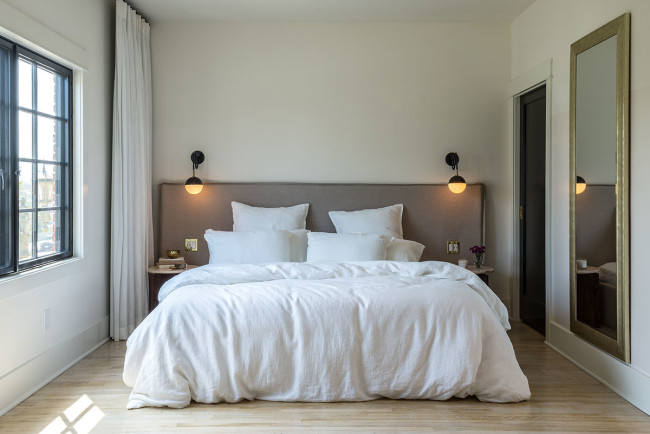 Decorating the Master Bedroom – Essential Tips