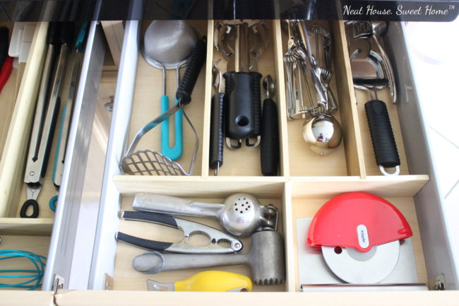 I made these DIY drawer dividers for my kitchen utensils in a day. It was a very easy, quick and affordable project that you too can do it yourself.