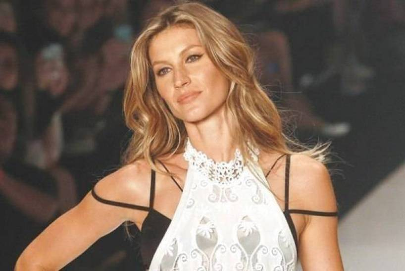 Necessaire da Diva gisele-b2 Sutiã strappy bra : moderno e sensual. Moda  sutiã strappy bra strappy bra strappy moda
