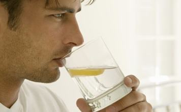 Düzenli Limon Suyu İçmenin 11 Faydası