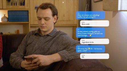 stress alex texting - Lebensrealitäten und YouTube-Träume
