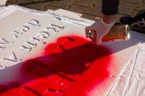 photo5411093013079370988 - Fenster- und Balkon-Aktionen gegen Mietwucher und Verdrängung