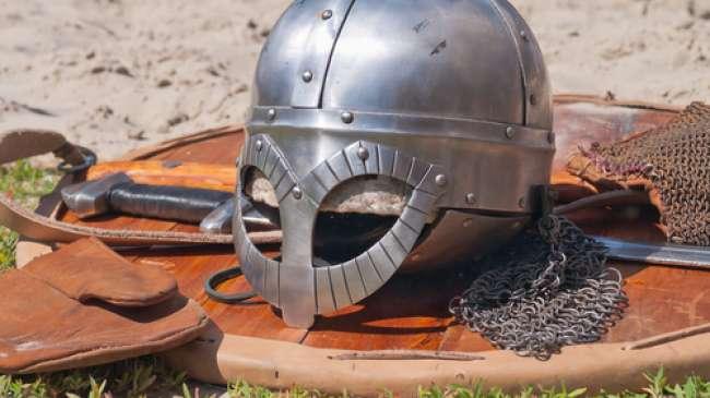 senjata kuno berusia 100 tahun ditemukan pedang kuno