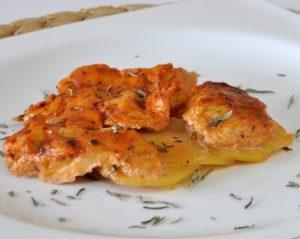 salca-ve-krema-soslu-tavuk-gogsu-tarifi