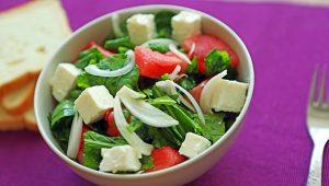 beyaz-peynirli-salata