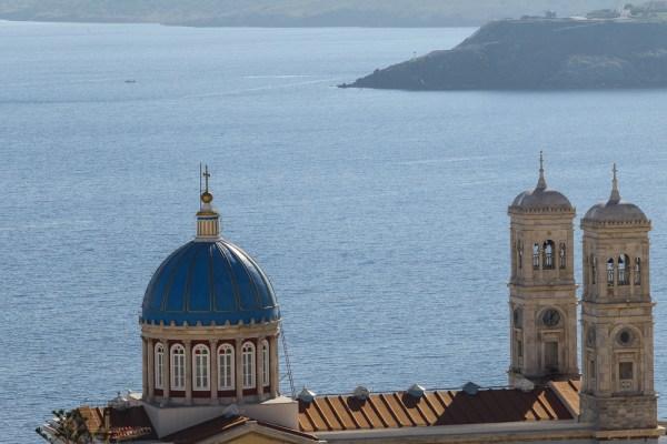 η εκκλησία του Αγίου Νικολάου στην Ερμούπολη