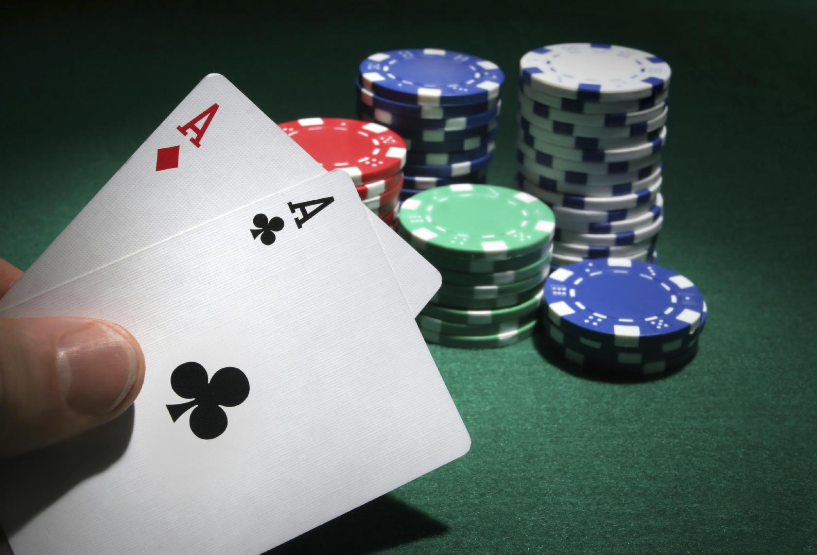 Menang Bermain Live Poker online