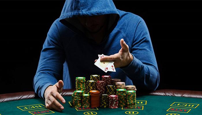 Mengetahui Trik Bermain Poker Dari Para Juara Dunia