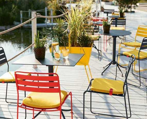 meuble bar table restaurant mobilier