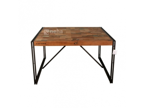 table a manger carree style industriel