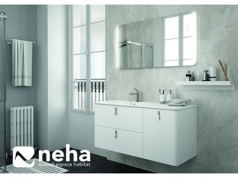 meuble de salle de bain blanc et