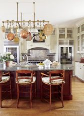 The kitchen is stylish but no-nonsense, perfect for this ­serious cook who loves to entertain.