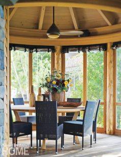 Lake Champlain vacation home screened porch