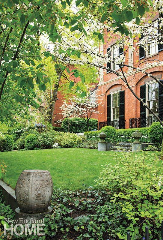Traditional Urban Garden