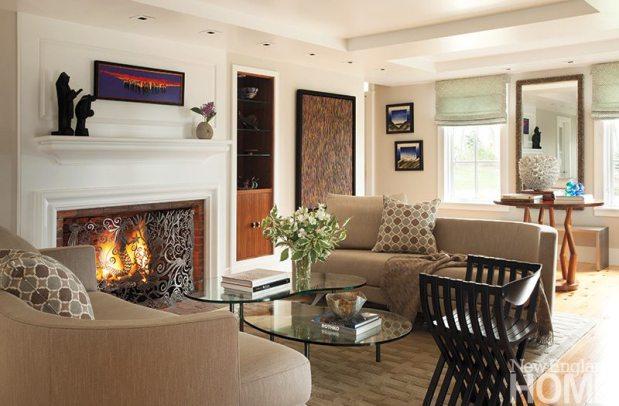 John DaSilva living room