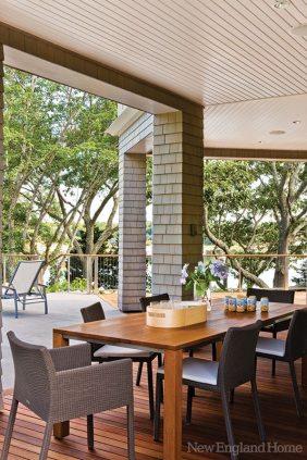 Doreve Nicholaeff dining terrace