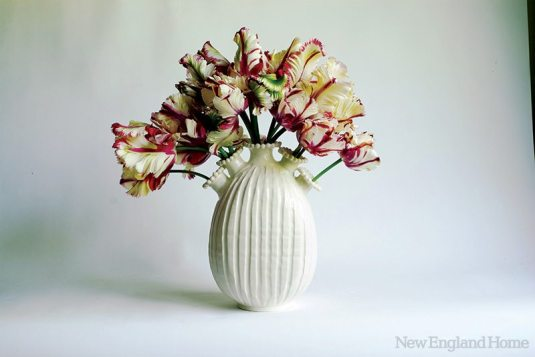 A 10-inch tulipiere.