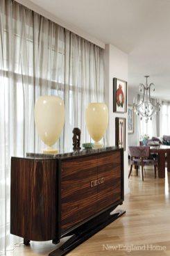 Michael Barnum glass lamp