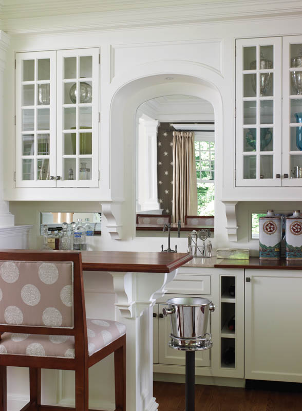 Country Club Homes Shingle Style Bar