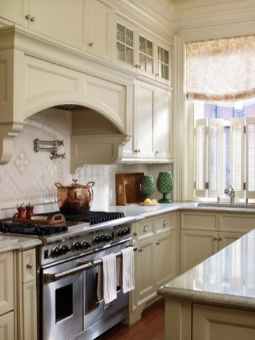 Anne Becker kitchen