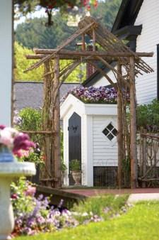 Wendy Valliere garden