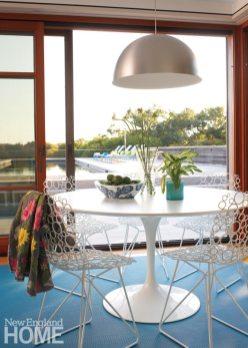 Hutker-Lopez-MarthasVineyard Pool House Dining Area