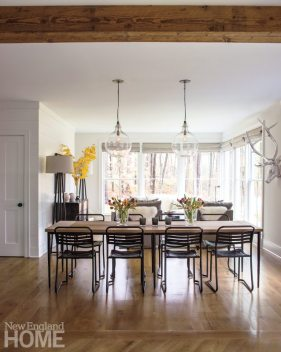 Litchfield County Dining Area