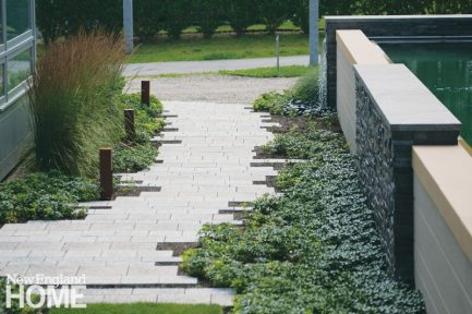 Gregory Lombardi contemporary landscape pathway